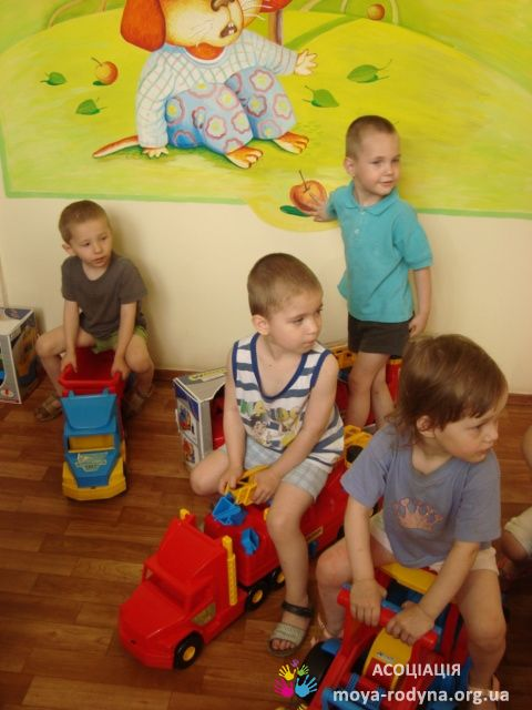 Іграшки - Львівському будинку дитини